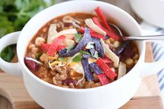 This easy recipe for the best taco soup calls for every day pantry ingredients and can be made on the stovetop or in the slow cooker. So simple, so delicious! Shockingly until this very moment I did not have a taco soup recipe posted on. Rock Crock Recipes, Mexican Food Recipes, Soup Recipes, Cafe Recipes, Dinner Recipes, Kitchen Recipes, Cooker Recipes, Dinner Ideas, Chicken Recipes