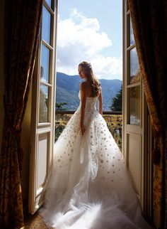 A portrait shot of me before the ceremony overlooking Lake Como and its surroundings.
