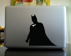 Batman lovers: Here is a pretty cool MacBook Pro decal