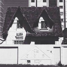 #vsco #vscocam #bnw #bnw_society #pb #goianiawalk #streetphotography #streetphoto_brasil by ara.batur http://ift.tt/25sxU4G