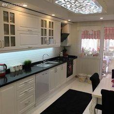Okan brain black and white glamorous cuisine . Kitchen Island Decor, Kitchen Room Design, Interior Design Kitchen, Kitchen Cabinets, Living Room Decor Cozy, Home Decor Bedroom, Küchen Design, House Design, Design Moderne