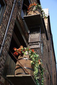 Gastro Pub | The Broad Chare interior design by Ward Robinson | Newcastle upon Tyne | Signage