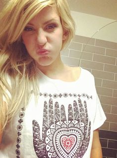 Ellie Goulding being sassy and cute.