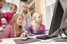 1.MLL:n Viisaasti verkossa 2. Näppäimistö tutuksi http://www.tampere.fi/kirjasto/nettinysse/nappaimistotutuksi/nappaimistotutuksi.html
