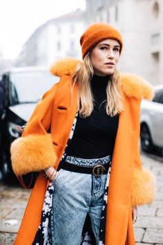 Street style à la Fashion Week automne-hiver 2017-2018 de Milan  Photo par Sandra Semburg