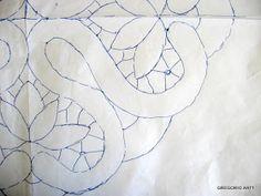 Spieghiamo il MACRAME' RUMENO (Modelli con Disegni): CENTRINO (ROMBO-QUADRATO)