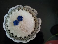 Zoes wedding cup cakes