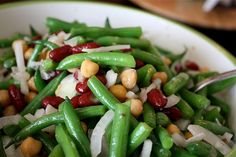Three Bean Vidalia Onion Salad for a healthy, flavorful side dish to accompany your main meal. Great for summer barbecues or potlucks! 3 Bean Salad, Three Bean Salad, Vidalia Onion Recipes, Vidalia Onions, Bean Recipes, Veggie Recipes, Healthy Recipes, Greek Grilled Chicken, Three Beans