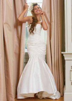 9052b Wedding Dress $800