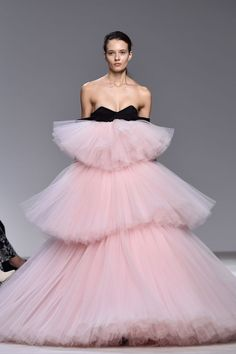 Pin for Later: Giambattista Valli Couture Is a Parade of Dresses We Want to See on the Oscars Red Carpet
