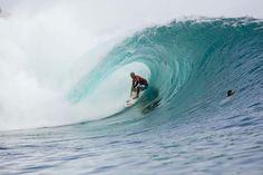 Kelly Slater surfing Bali 2008