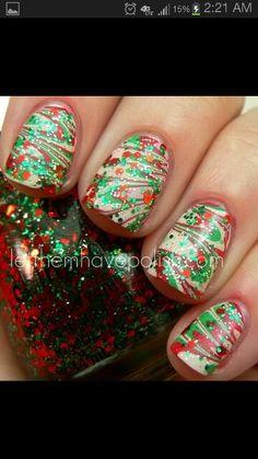 Christmas green red glitter swirl nails