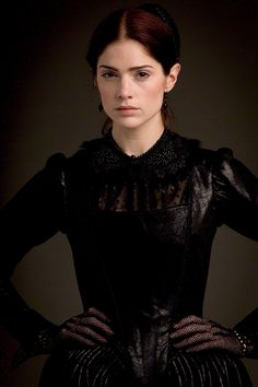 "Mary Sibley (Janet Montgomery) in ""Salem"""