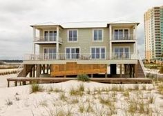 Gulf Shores, AL: Cruise in to Crews Quarters with your crew! This Gulf-front 6 bedroom, 6.5 bath Gulf Shores beach home is not only spacious but all 6 bedrooms offer a...