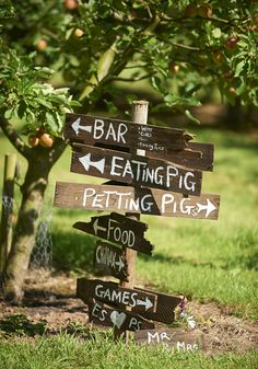A wedding sign for a