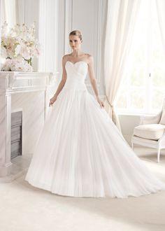 #Vestido de #novia con corte de princesa, palabra de honor y escote de corazón. Modelo ESILDA. chantu.es