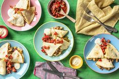Chicken Pineapple Quesadillas with Pico de Gallo and Southwestern Spices Chicken Spices, Chicken Recipes, Fresh Chicken, Chicken Meals, Turkey Recipes, Hello Fresh Recipes, Pineapple Chicken, Quesadilla Recipes, Dog Snacks