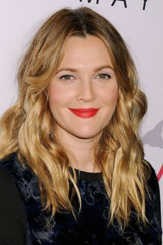 170814 Best Celebrity Lipstick Colors For Fall Winter 2017 Drew Barrymore