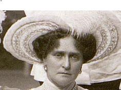 Alix in 1912.