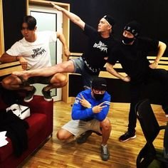 Super Junior's Siwon, Kangin, Donghae, and Eunhyuk tease for 'Beat Burger Project'? Siwon, Leeteuk, Heechul, Lee Donghae, Super Junior Funny, Kangin Super Junior, Kpop, Kim Young, Last Man Standing