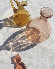 all aglow. / sfgirlbybay – sunlight coming through gold and pink glassware / sf… all aglow. / sfgirlbybay – sunlight coming through gold and pink glassware / sfgirlbybay – Foto Macro, Foto Still, Guache, Still Life Photography, Shadow Photography, Soft Light Photography, Pinterest Photography, Holiday Photography, Stunning Photography