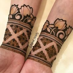 Sonam's bridal henna. Had fun creating this contemporary piece ❤️ . _____________________________________ Specialized in Henna,… Dulhan Mehndi Designs, Mehndi Design Photos, Wedding Mehndi Designs, Unique Mehndi Designs, Mehandi Designs, Mehndi Images, Mehndi Art, Henna Mehndi, Henna Art