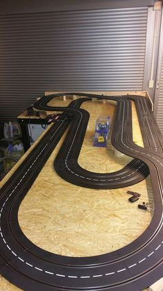 L shaped layout ideas for Carrera D132 - Slot Car Illustrated Forum