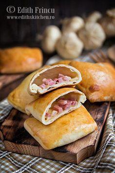 ham and cheese pies Cheese Pies, Ham And Cheese, Romanian Food, Romanian Recipes, Calzone, Hand Pies, Hot Dog Buns, Good Food, Rolls