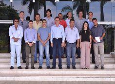 Paraíso debate uso da mão de obra carcerária http://www.passosmgonline.com/index.php/2014-01-22-23-07-47/regiao/9987-paraiso-debate-uso-da-mao-de-obra-carceraria