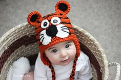 Free Tiger Hat pattern by Sarah Zimmerman - with sizes from infant to adult. SO CUTE!