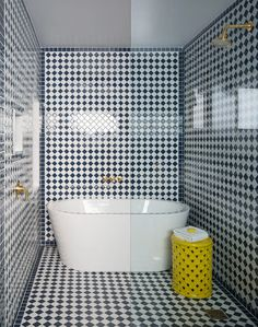 Sands Hotel & Spa in Palm Springs Designed by the renowned Martyn Lawrence Bullard, Sands Hotel & Sp Hotel Bathroom Design, Bathroom Spa, Small Bathroom, Hotel Bathrooms, White Bathroom, Luxury Bathrooms, Bathroom Ideas, Bathroom Inspiration, Bathroom Interior