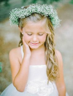 Couture Flower Girl Dresses By Amalee Accessories - Coroinha de Gypsophila para daminha