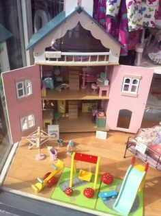 H146 - Bella's House with furniture + outdor playset by Le Toy Van, displayed by www.ringoroses.com
