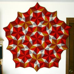 Quilt based on Penrose Tiling. Absolutely Amazing, it must have taken forever!