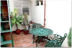 Detalle de la terraza superior. Cuba, Hanging Chair, Trinidad, Ladder Decor, Furniture, Home Decor, Discos, Terrace, Restaurants