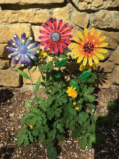 Metal Garden Art FlowersSet of Three Garden StakesLawn decor