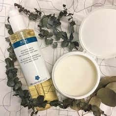 We got our R-energy back earlier today with a heart-pumping @flycycle.my sesh and @kensapothecary Ren's Atlantic Kelp and Magnesium Anti-Fatigue Body Wash and Exfoliating Body Balm     #renergy #ren #renskincare #kensapothecary #mclikes #beauty #health #energy #antifatigue #kelp #magnesium #rejuvenation #skincare  via MARIE CLAIRE MALAYSIA MAGAZINE OFFICIAL INSTAGRAM - Celebrity  Fashion  Haute Couture  Advertising  Culture  Beauty  Editorial Photography  Magazine Covers  Supermodels  Runway…