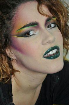 make-up skála Makeup Makeup skála 80s Makeup Looks, 1980s Makeup, Retro Makeup, Vintage Makeup, Glam Rock Makeup, Punk Makeup, Chicas Punk Rock, 80s Makeup Trends, Makeup Inspiration