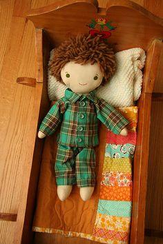 free doll pajama pattern on www.weewonderfuls.com