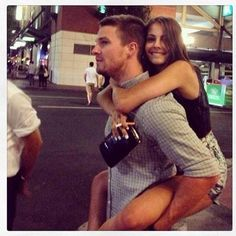 Willa Holland and Stephen Amell #SDCC // I love how brother/sisterly they act in real life. <3