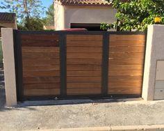 Portes de clôtures de bois