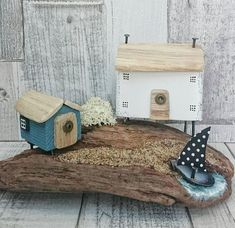 Check out this item in my Etsy shop https://www.etsy.com/uk/listing/598505613/coastal-home-driftwood-art-driftwood