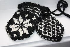 Epla er et nettsted for kjøp og salg av håndlagde og andre unike ting! Baby Mittens, Winter Hats, Barn, Shops, Knitting, Converted Barn, Tents, Tricot, Breien