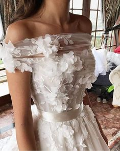 3D floral applique wedding dress ,off the shoulder wedding dress #weddinggown
