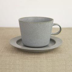 Cup and Gouter Unjour Matin in Smoke Blue