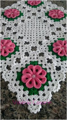 Granny square with interesting color combination crochet grannysquare grannythrow blanket afghan – Artofitrose, crochet, can be a nice d - SalvabraniInspiration only. Crochet Square Patterns, Crochet Motifs, Crochet Blocks, Doily Patterns, Crochet Squares, Crochet Blanket Patterns, Crochet Designs, Crochet Doilies, Crochet Flowers