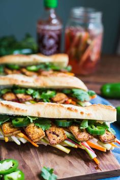 Easy, Healthy Sandwiches That Make the Most of Summer Produce Tofu banh miTofu banh mi Vegan Sandwich Recipes, Healthy Sandwiches, Veggie Recipes, Vegetarian Recipes, Healthy Recipes, Sandwich Ideas, Vegetarian Sandwiches, Burger Recipes, Cafe Recipes
