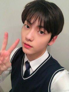 TOMORROW X TOGETHER TXT Soobin Twitter Update 191113 Seokjin, Kai, Meme Photo, King Of My Heart, Ulzzang Couple, Dimples, Boyfriend Material, K Idols, My Boyfriend