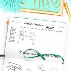 August Bullet Journal Setup including Habit Tracker, Calendex, Monthly Log and more beautiful pages. As well as a big Free Printable Bundle! Bullet Journal Font, Bullet Journal Printables, Bullet Journals, Filofax, Bujo, Organization Bullet Journal, Journal Layout, Bullet Journal Inspiration, Journal Ideas