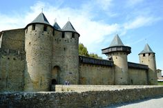 See 1362 photos from 7495 visitors about france, historic sites, and rampart. Languedoc Roussillon, Medieval Castle, Historical Sites, Barcelona Cathedral, Louvre, France, Travel, Civil Engineering, Viajes
